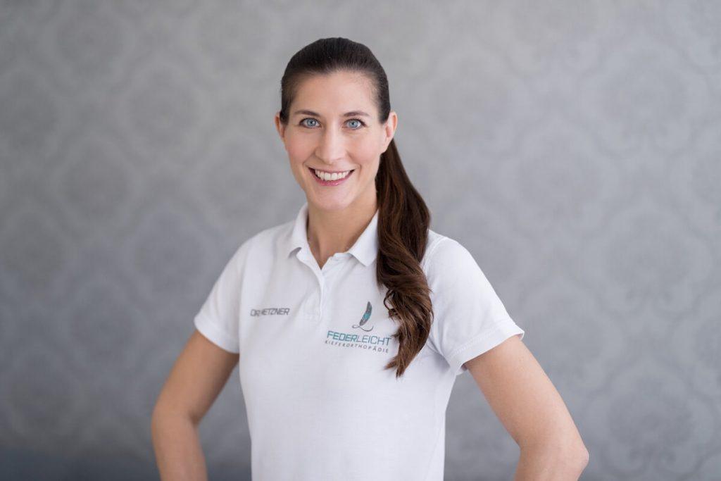 Dr. Rebecca Metzner